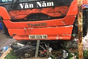 Xe khách lao vào khu chợ ven đường, ít nhất 3 người thiệt mạng