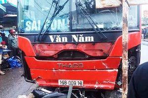 Thông tin mới nhất vụ tai nạn xe khách lao vào chợ, khiến 4 người tử vong ở Gia Lai