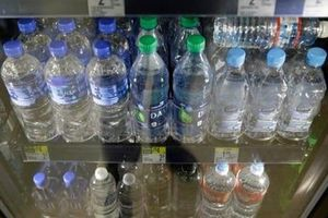 Sân bay quốc tế San Francisco cấm bán chai nhựa dùng một lần