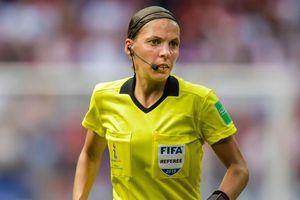 Trận siêu cúp châu Âu 2019 được điều khiển bởi trọng tài nữ