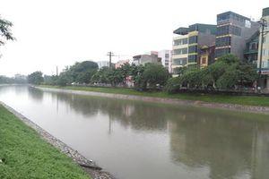Sông Tô Lịch 'thay da, đổi thịt' nhờ bão số 3