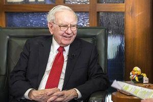 Tỷ phú Warren Buffett chỉ ra 4 bài học về tiền bạc cha mẹ phải dạy con ngay từ khi mẫu giáo
