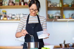 20 mẹo làm bếp giúp bạn nấu ăn thần tốc, ngon hơn ngoài hàng