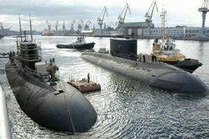 Anh tố tàu ngầm Kilo siêu êm của Nga áp sát