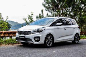 Kia Rondo bất ngờ có thêm phiên bản giá rẻ, cạnh tranh với Mitsubishi Xpander và Suzuki Ertiga