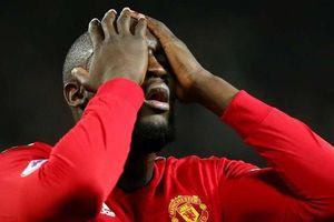 Lukaku tập nhờ ở đội khác trước ngày rời Man United