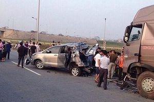 Yêu cầu điều tra bổ sung vụ án xe container đâm xe Innova đi lùi trên cao tốc
