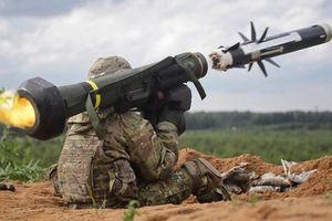 Ukraine đề nghị Mỹ bán thêm nhiều hệ thống tên lửa chống tăng Javelin cho Kiev