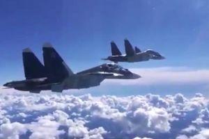 Căn cứ Hmeymim ở Syria lại hứng tên lửa, tiêm kích Nga lập tức lên đường phản công
