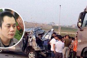 Tiết lộ lý do trả hồ sơ vụ xe container đâm xe Innova đi lùi trên cao tốc