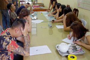 Hà Giang: 21 thanh niên 'quẩy' trong phòng hát dương tính với ma túy