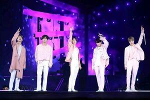 Điểm tên 6 nhóm nhạc có tour diễn kiếm bộn tiền nhất K-Pop