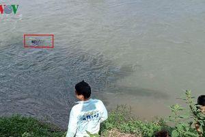 Phát hiện thi thể nữ đang phân hủy dưới suối ở Bắc Kạn