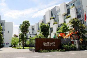 Vụ bé lớp 1 trường Gateway: Không kiểm tra xe, không báo gia đình