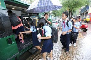 Cần sớm có quy chuẩn cho dịch vụ đưa đón học sinh