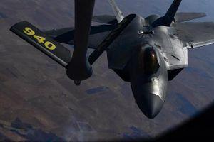 Chiến đấu cơ tàng hình F-22 của Mỹ xuất hiện trên bầu trời Syria?