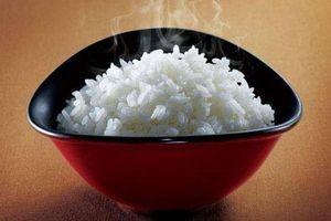 Khi nấu cơm, chỉ cần thêm thứ này đảm bảo cơm ngon, dẻo mà không bị dính