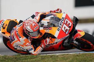 MotoGP: Marc Marquez vẫn 'vô đối' dù nội bộ đội đua Honda dậy sóng