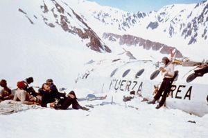 Câu chuyện sống sót thần kỳ sau vụ rơi máy bay năm 1972