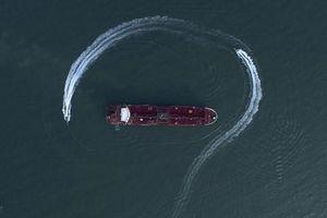 Mỹ nghi Iran gây nhiễu GPS để 'lừa' các tàu đi lạc và bắt giữ