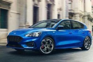 Vội vàng đẩy hàng tồn, chiếc ô tô Ford này giảm giá mạnh gần 100 triệu/chiếc