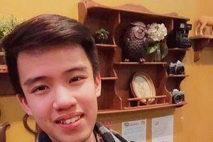 Chàng trai 'số hưởng' nhất Việt Nam: Không chỉ được Taylor Swift ôm, mà còn làm bánh quy cho ăn