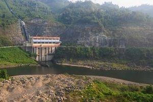 Nhiều hồ thủy điện vẫn cạn nước dù lũ lụt nhiều nơi