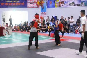 Hai võ sinh 13 tuổi đánh đối kháng, phần thắng nghiêng về Kick Boxing hay Thiếu Lâm?