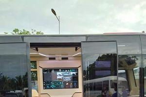 Xe buýt điện VinFast lần đầu lộ diện