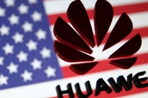 Trả đũa đòn nông sản của Trung Quốc, Mỹ 'sờ gáy' Huawei