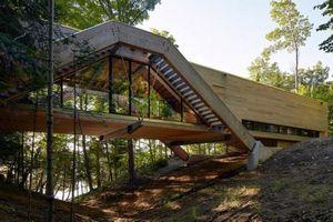 Ngỡ ngàng nhìn xa tưởng chiếc cầu, lại gần hóa ra căn nhà