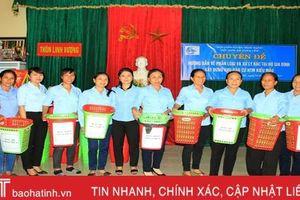 Hướng dẫn phân loại, xử lý rác tại nguồn cho 220 hộ dân ven biển Nghi Xuân