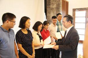 Đại sứ quán Trung Quốc trao học bổng cho 72 sinh viên của Việt Nam