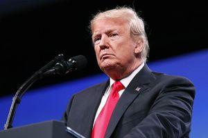 Ông Trump lại chỉ trích Fed trong bối cảnh thương chiến leo thang