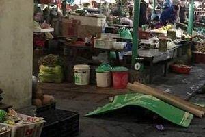 Người phụ nữ bị đâm tử vong giữa chợ