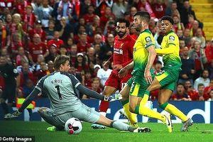 Hạ gục Norwich, Liverpool khai hội Premier League tưng bừng