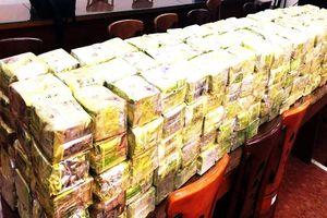 Triệt phá đường dây vận chuyển 120 bánh heroin từ Lào vào VN