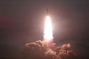 Triều Tiên lại phóng tên lửa sau khi ông Kim gửi thư 'tuyệt vời' cho ông Trump