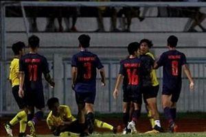 Cận cảnh U15 Thái Lan và U15 Malaysia đánh nhau ở chung kết