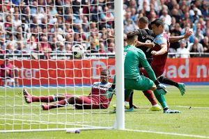 Thắng '5 sao', Man City lấy ngôi đầu bảng của Liverpool