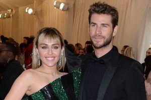 Liam Hemsworth - Miley Cyrus hạnh phúc tại thảm đỏ Met Gala 2019
