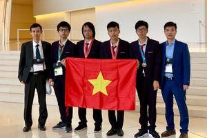 Đoàn học sinh Việt Nam xếp thứ 4 kỳ thi Olympic tin học quốc tế