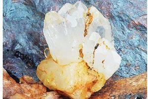 Hàng loạt cán bộ bị kỷ luật vì để khoáng sản đá thạch anh bị khai thác trái phép