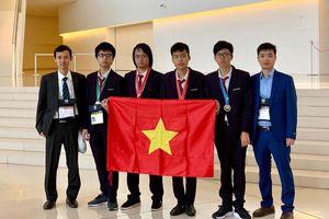 Việt Nam đứng thứ tư trong kỳ thi Olympic Tin học quốc tế