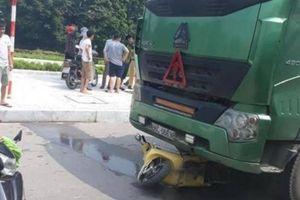 Bị xe đầu kéo đâm từ phía sau, một thiếu nữ ở Bắc Giang nguy kịch