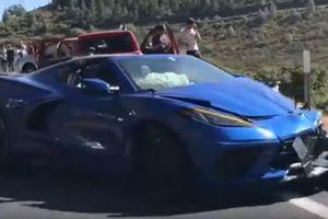 Siêu xe 'giá rẻ' Corvette Stingray 2020 mới ra mắt đã bị đâm nát đầu