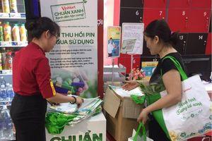 Vị khách mua 150 chiếc túi 'xanh' tại siêu thị với lý do đặc biệt