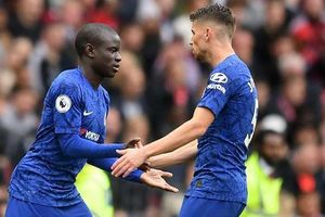 Chelsea thua Man United vì sai lầm trong sắp xếp đội hình của Lampard!