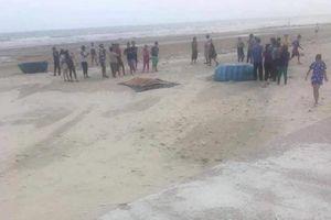 Vụ đuối nước tập thể ở Bình Thuận: Tìm thấy thi thể 2 người mất tích