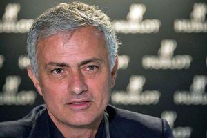 Mourinho chỉ ra sự 'non cơ' của Lampard dẫn đến thảm bại trước M.U